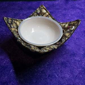 Wine lover? Get this Bowl Cozy